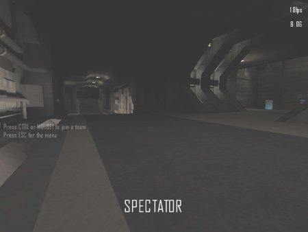 Il corridoio ora prosegue dritto per un altra parte della base e metà sulla sinistra, c'è invece il corridoio che da verso l'esterno. Spesso gli umani si piazzano qui per sparare agli alieni che arrivano.
